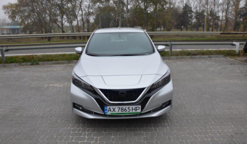 NISSAN LEAF SV 40 kwt silver 2018 full
